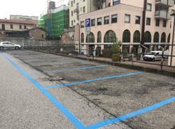 Parcheggio dietro al Teatro