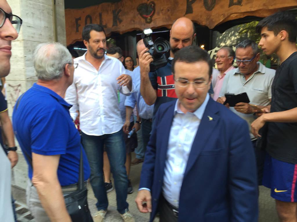 Salvini, sfilata in centro a Tradate