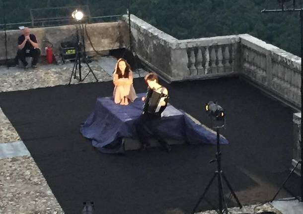 """Arianna Scommegna interpreta """"Magnificat"""" di Alda Merini"""