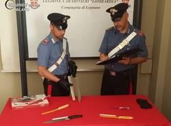 carabinieri coltelli