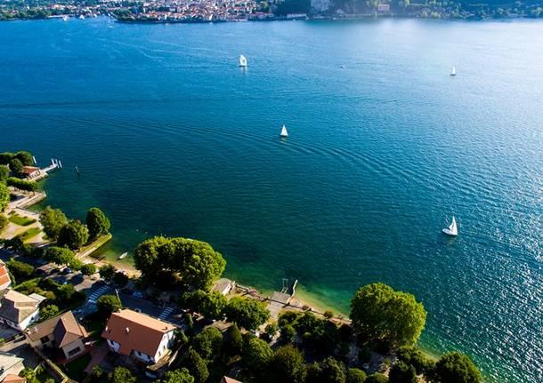 Il lago dal drone