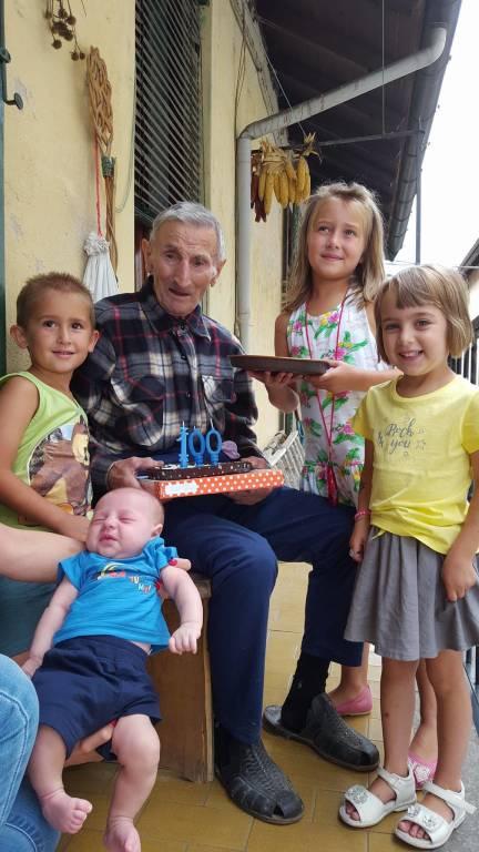 100 anni per nonno Mauro