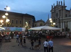 centro busto arsizio giovedì sera piazza san giovanni