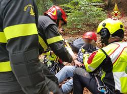 Dumenza - Recupero escursionista all'Alpe Pradecolo