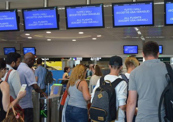 Sciopero selvaggio a Malpensa e Linate: caos e ritardi