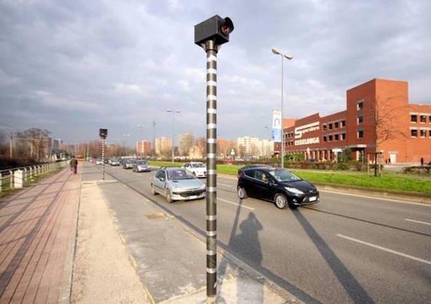 Milano: pronto ad accendersi il primo autovelox di nuova generazione