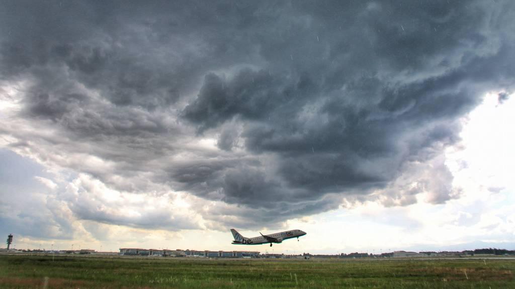 Nuvole apocalittiche su Malpensa