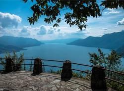 Balcone sul lago Maggiore