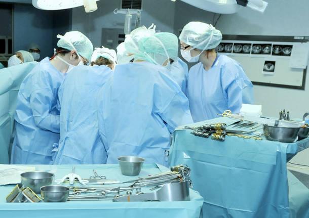 Bergamo, nate due gemelline siamesi: hanno il fegato in comune