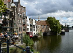In bici in Olanda: in visita alla città di Rotterdam