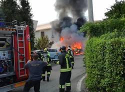 incendio vettura cardano al campo