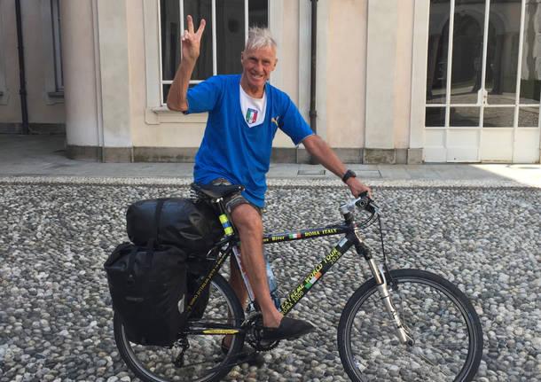 Janus River, a 80 anni il giro del mondo in bici