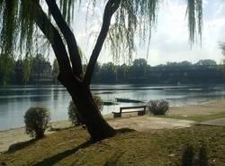 Sesto Calende lungo fiume