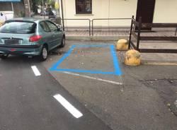 Strisce blu nel parcheggio delle Fs di Varese