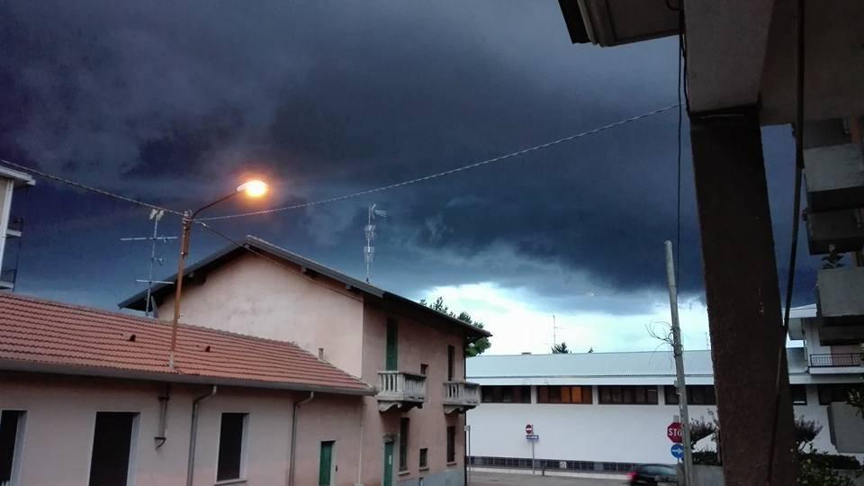 Tra luci e nuvole. I temporali dei lettori