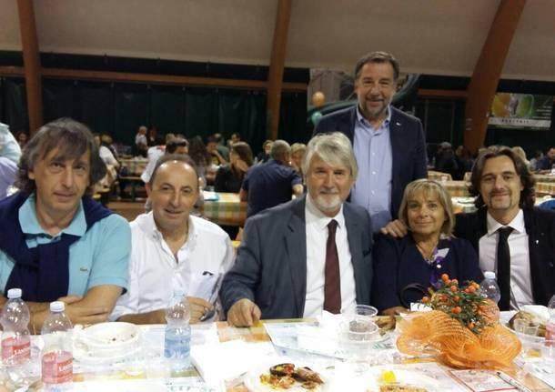 Ministro Poletti cena coi volontari di Uboldo