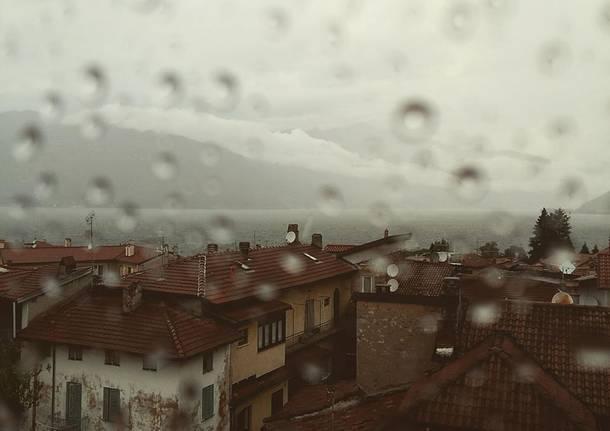 Luino sotto la pioggia