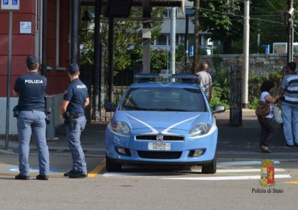 Rapina in farmacia per 50 euro, subito arrestato