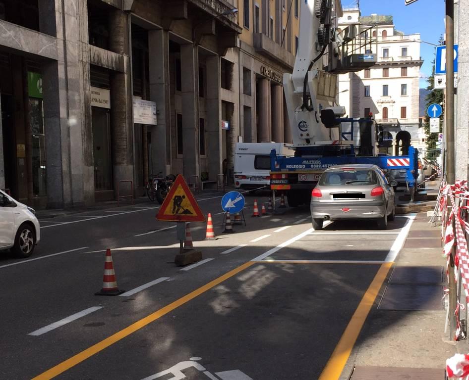Strisce bianche sosta Varese