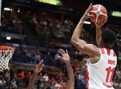basket stan okoye pallacanestro varese