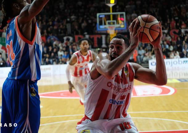 Basket, Serie A 2017-2018: la Germani Brescia fa quattro su quattro