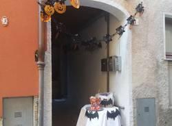 Il borgo di Viconago si trasforma nel villaggio di Halloween per i bambini dell\'asilo