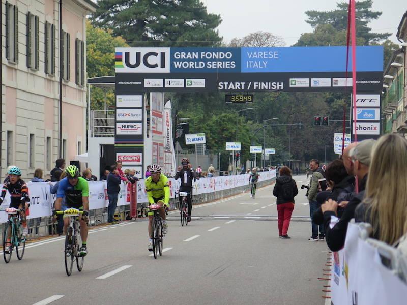 Granfondo Tre Valli Varesine traguardo 2017