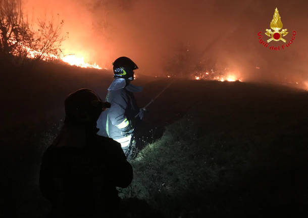 Incendio a Campo dei fiori, domenica sera