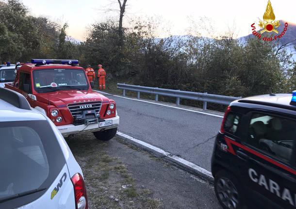 Incendio boschivo tra Maccagno e Tronzano
