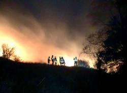 Incendio Campo dei Fiori notte domenica