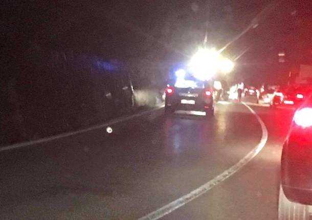Incidente sulla statale della Valganna, è morto un uomo di 34 anni