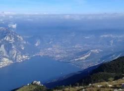 lago di garda da monte altissimo