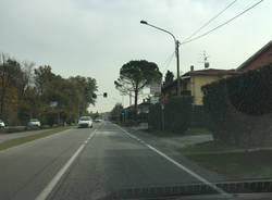 Sp36, marciapiede e samaforo a Cazzago Brabbia