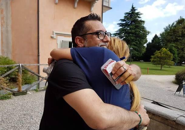 un abbraccio per tutti