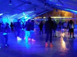Discoteca on ice conquista i giovanissimi saronnesi