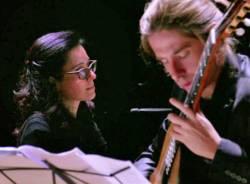Momenti musicali 2017/18: Un duo tra le corde, Andrea Ferrario (chitarra), Elena Napoleone (pianoforte)