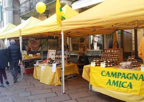Coldiretti mercatino Varese