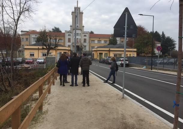 Sicura e illuminata: la nuova via Rossi