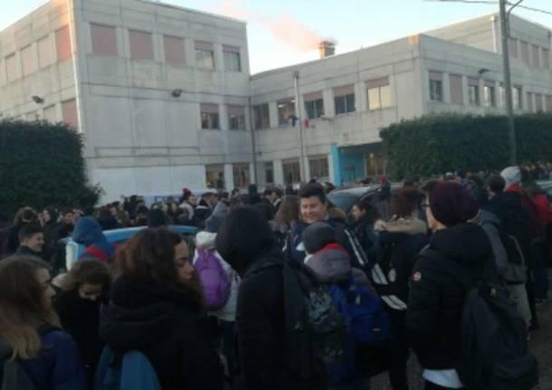 Zappa: secondo giorno di sciopero per il freddo