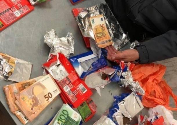 Nasconde 40mila euro nelle barrette di cioccolato, passeggero fermato in aeroporto