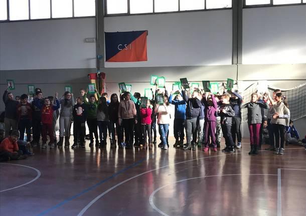 Festa di Natale alla primaria Locatelli di Varese