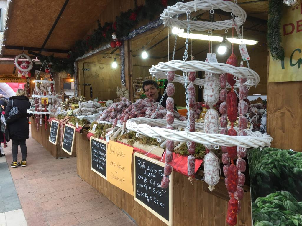 Il mercatino trentino in piazza