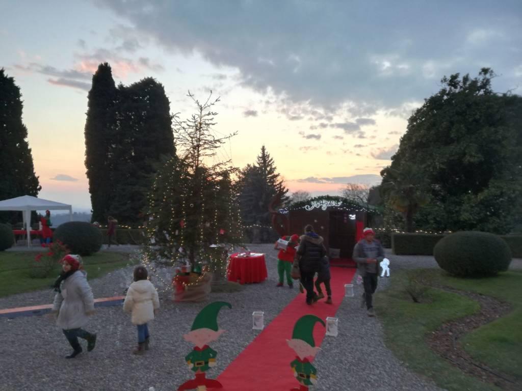 Il villaggio di babbo Natale a villa Castelbarco