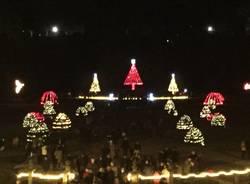 le luci di Natale ai giardini Estensi di varese