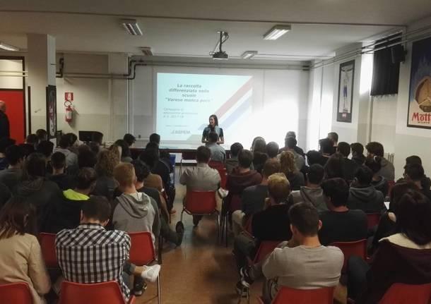 """Varese manca poco"" al Liceo Ferraris"
