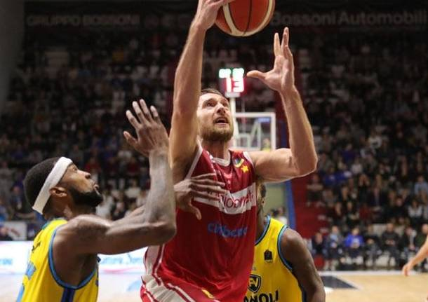 basket siim-sander vene pallacanestro varese openjobmetis