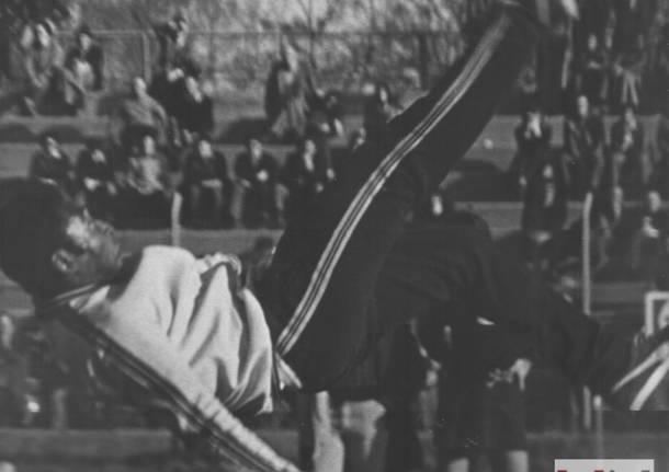 Calcio Pelé stadio Speroni Busto Arsizio 1975