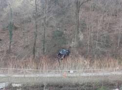 Auto precipita in Valle Olona