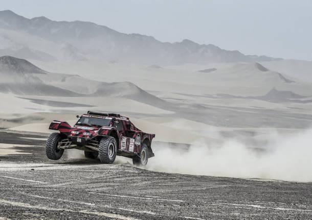 Dakar moto, olè Barreda: vince la 5ª tappa e risale