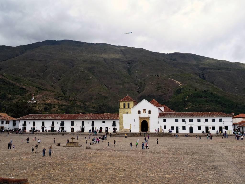 Oltreoceano ma non troppo: guida e racconto di un viaggio in Colombia.